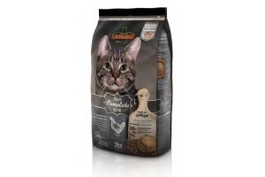 غذای خشک لئوناردو مخصوص گربه بالغ داخل خانه/ 2  کیلویی/ LEONARDO Adult Complete 32-16